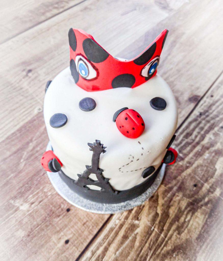 gâteau d'anniversaire lady bug profil - patisseetmalice