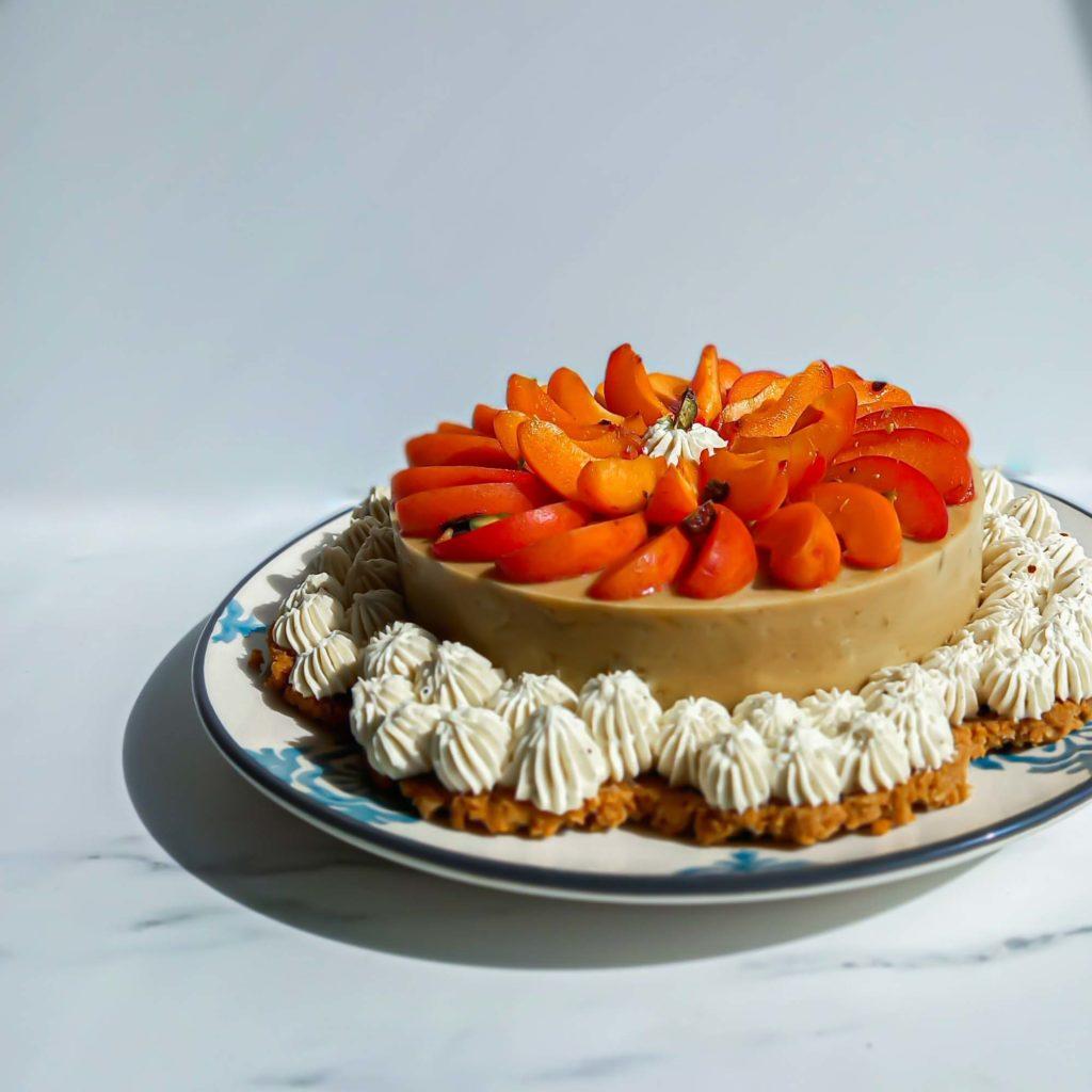 tarte supra sablée rhubarbe abricot ganache vanille - patisse et malice
