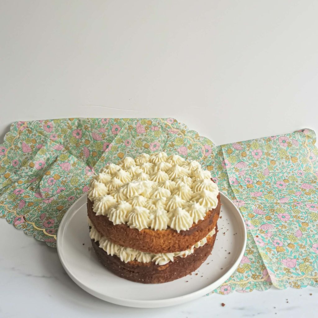 layercake the matcha framboise - avant décoration - patisse et malice