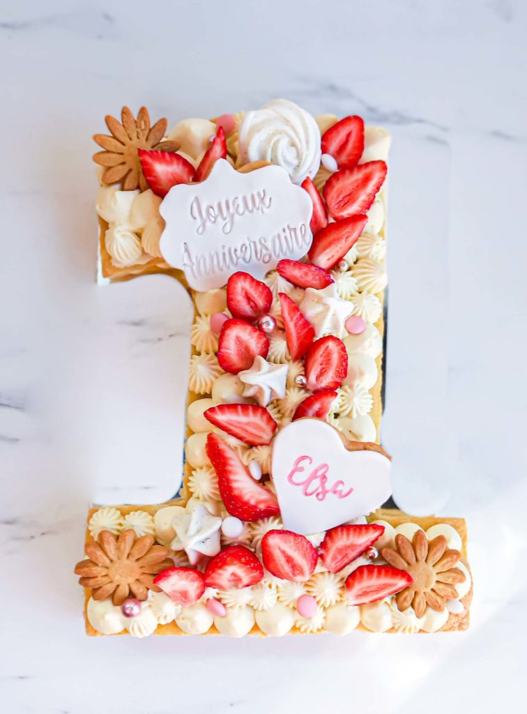 numbercake d'anniversaire fraisier - patisse et malice